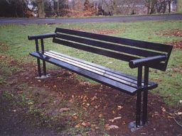 The Belmont Seat Large1